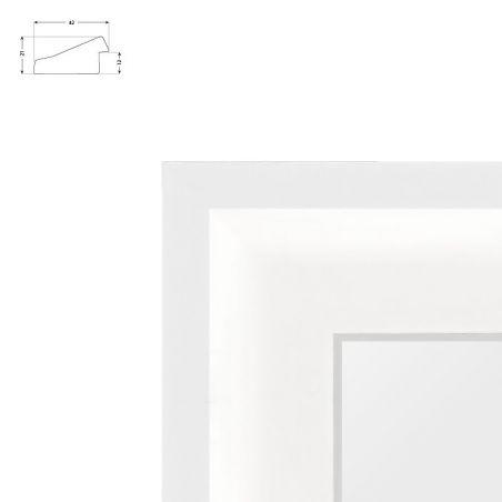 Cadre sur mesure blanc avec bords usés