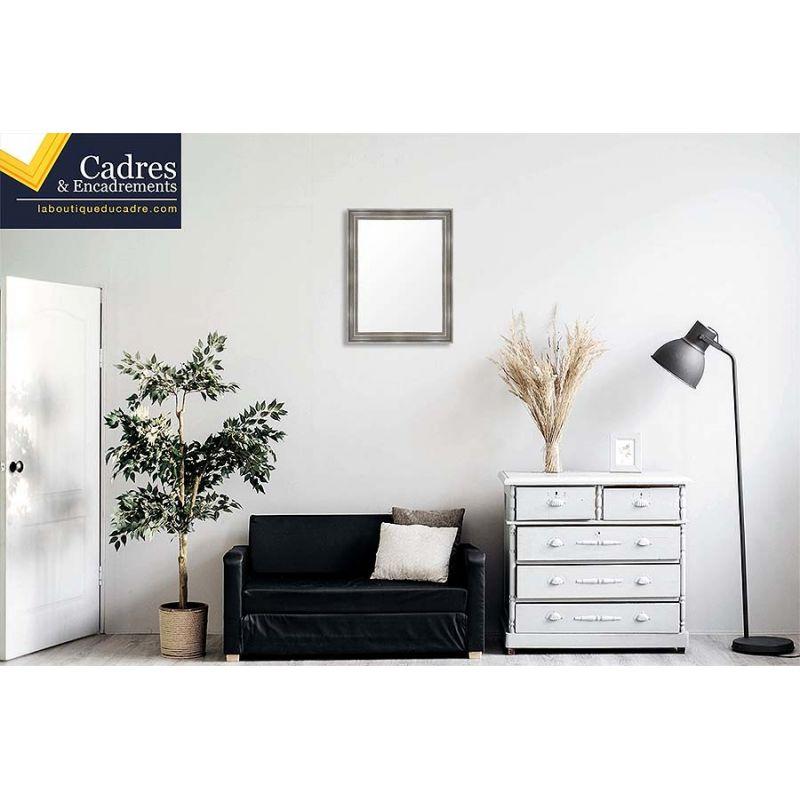 cadre sur mesure en bois incurv et laqu noir. Black Bedroom Furniture Sets. Home Design Ideas